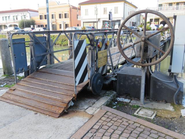 Ponte pedonale Oriago, Riviera del Brenta
