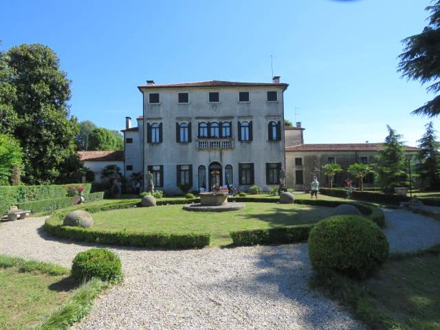 Riviera del Brenta, Villa Badoer Fattoretto